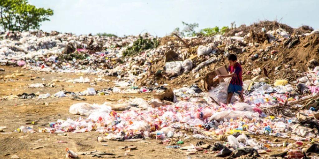 environmental impact of fast fashion